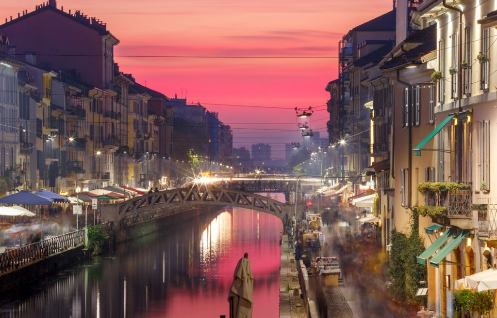 Milano by night secure in Darsena area begins.